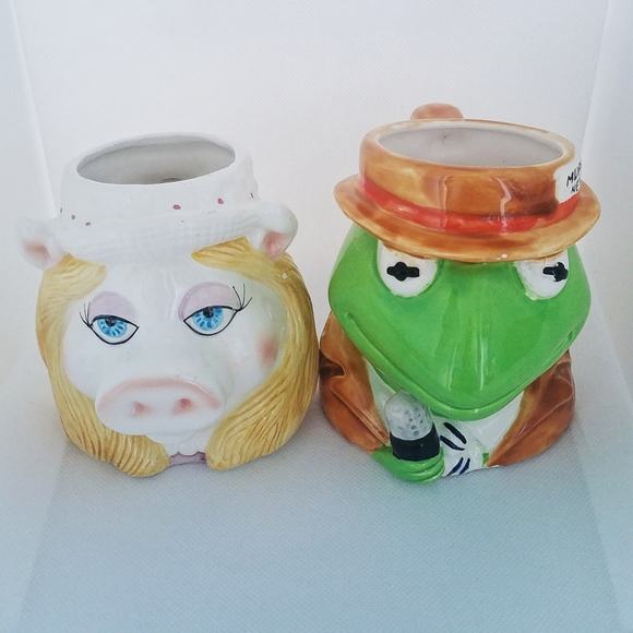 Vintage the Muppets Kermit and Miss Piggy mugs